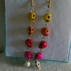 Long dangle skull earrings!!!